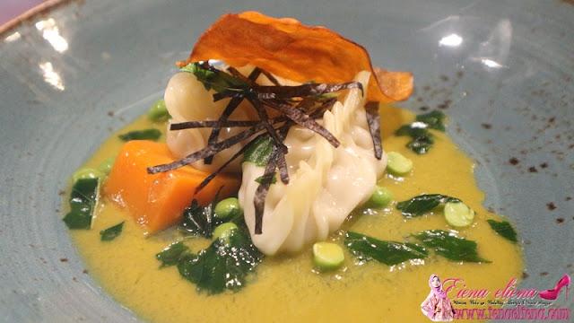 7. Entrée · Steamed Dumpling · Stuffed Sweet Turnip and Beans