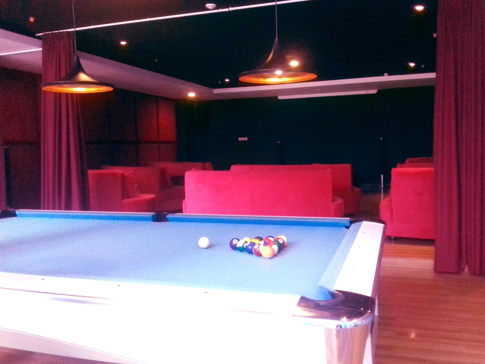 Mini Teater dan Meja Billiard di Grand Lagoi Hotel