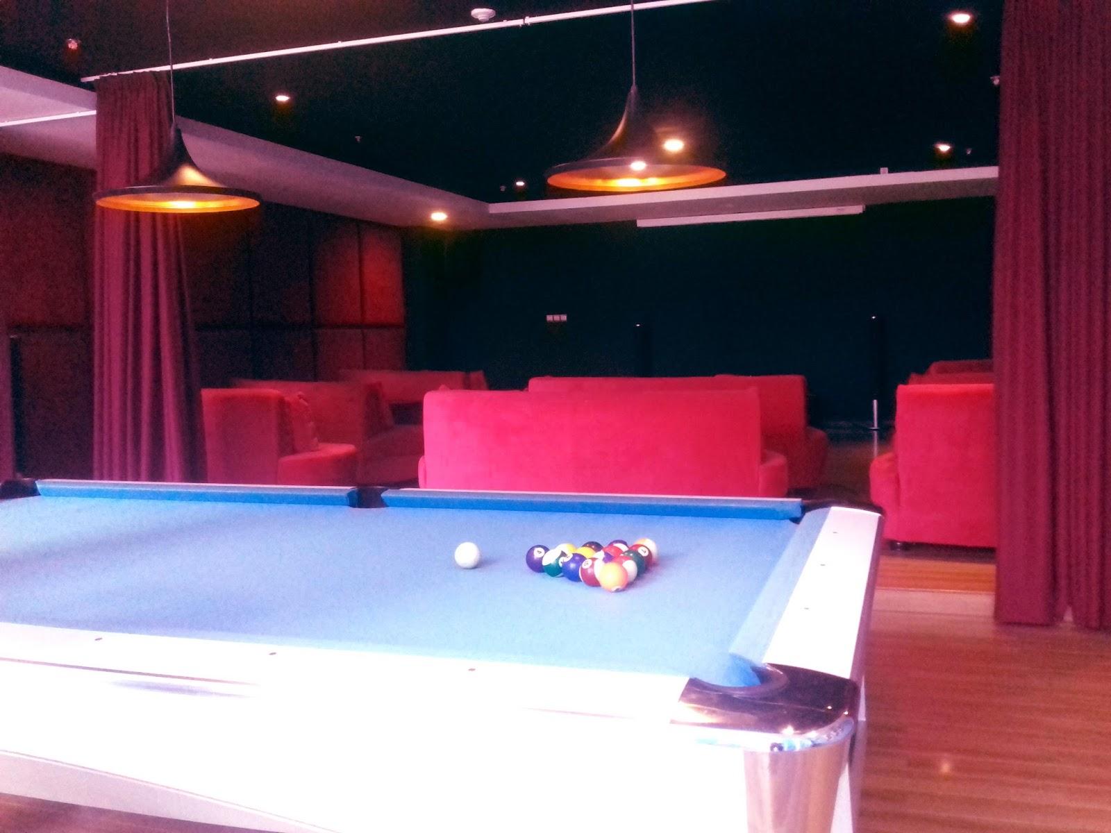 Mini Teater dan Meja Billiard di Grand Lagoi Hotel