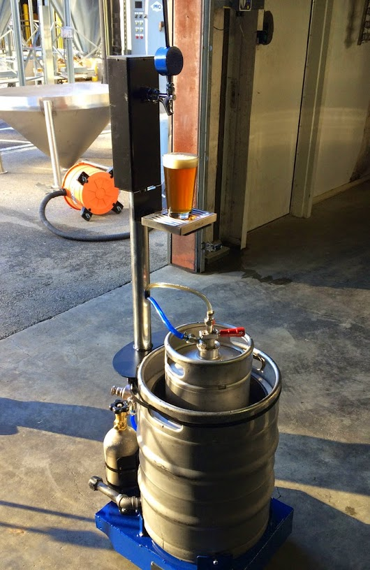 Wort's Going On Here?: This is the Droid I'm Looking For: Keg-a-Droid