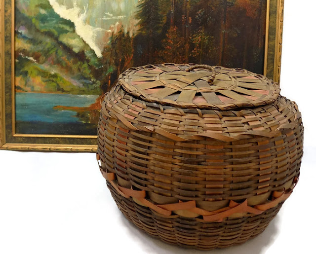 Antique Basket Round Lidded Dyed Splint Native NE American