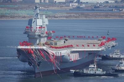 China lança seu 1º porta-aviões construído totalmente no país