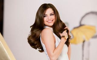 beautiful American model pics, smart American model pic