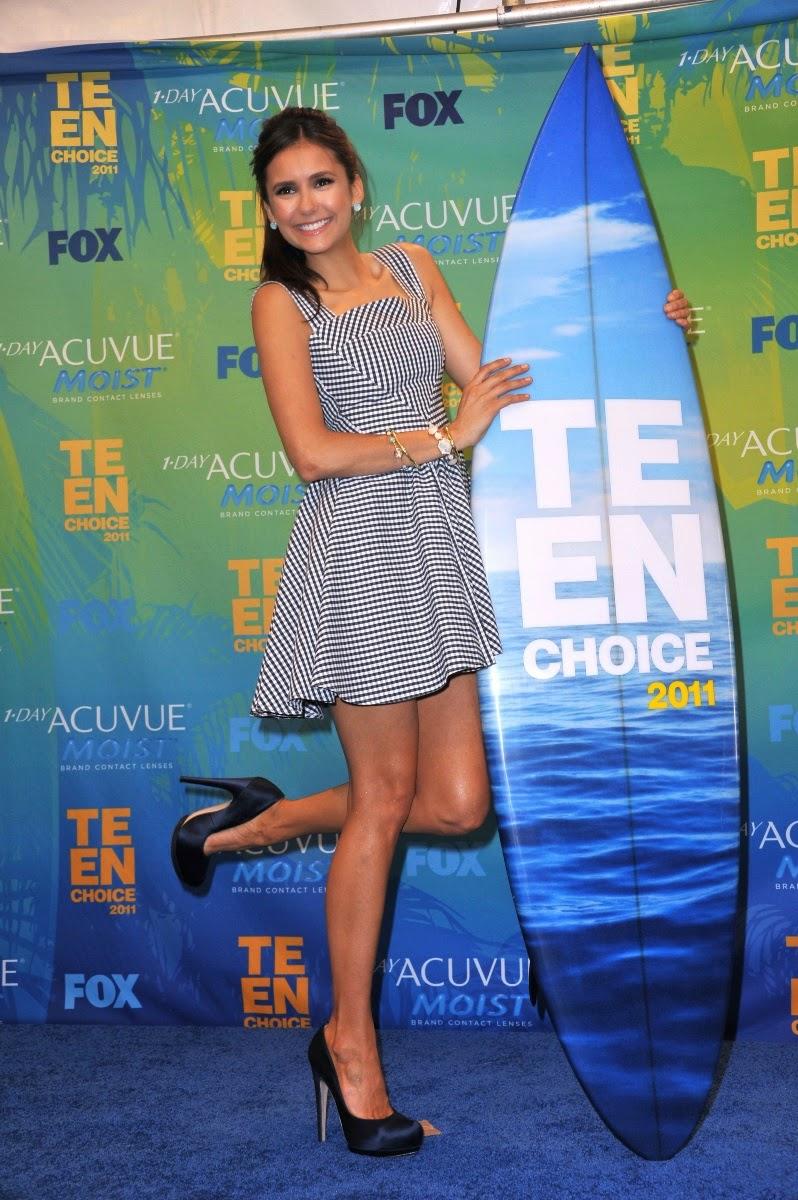 Nina Dobrev Upskirt Panty Flashing At Teen Choice Awards -4371