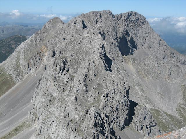Rutas Montaña Asturias: Desde Peña Ubiña, vista de Castillines y Fontanes