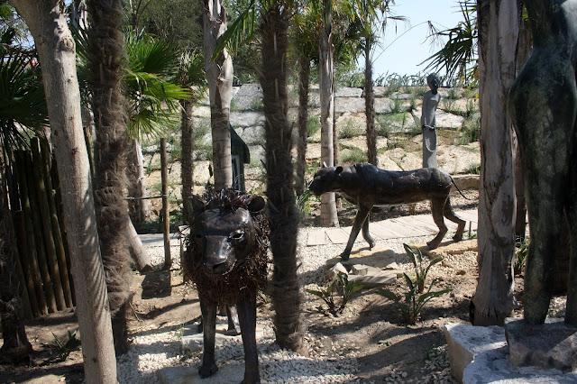 esculturas africanas em pedra