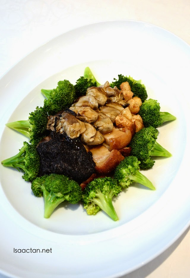 Fatt choy, whole dried scallop & garlic with broccoli