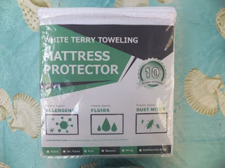 Lighting Mall Premium Mattress Protector Queen Size with Cotton Terry Surface - 100% Waterproof, Hypoallergenic,Vinyl-free and Breathable