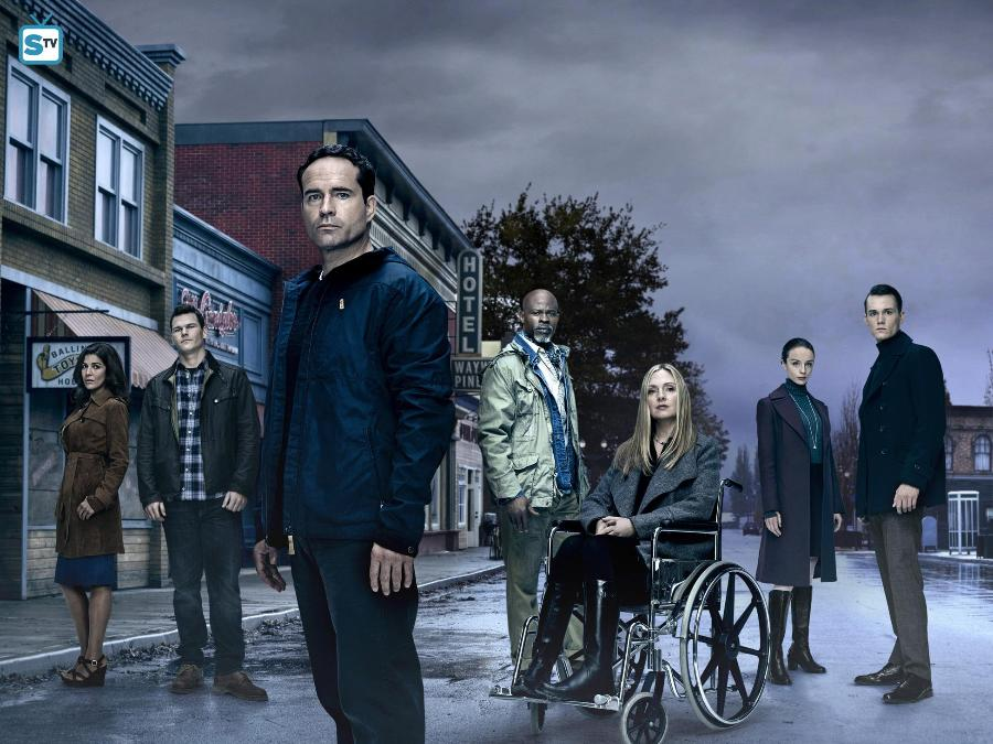 Wayward Pines - Season 2 - Cast Promotional Photos, Poster, Promo & Featurette *Updated*