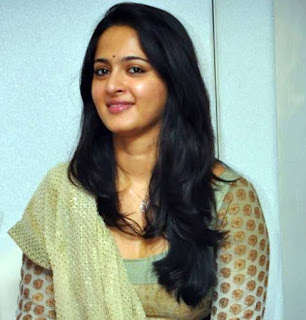 Anushka Shetty Tamil, Telugu Actress Biography Hot Photos