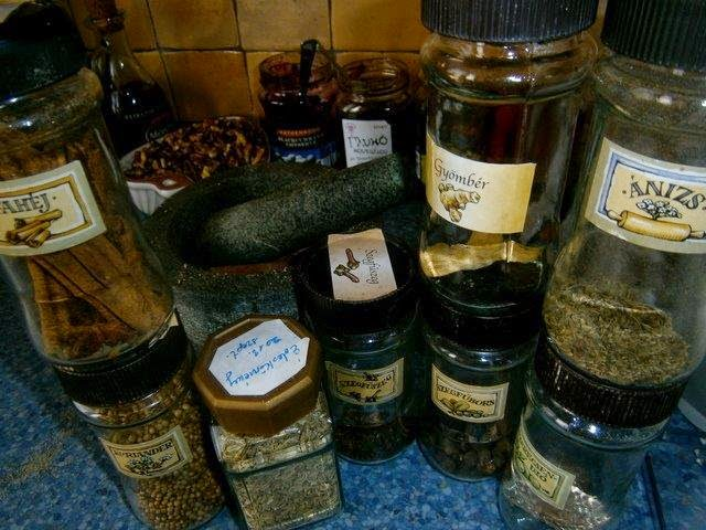 mézeskalács fűszerek
