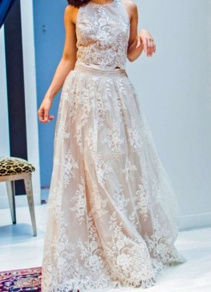 Graceful A-line Scoop Neck Tulle Floor-length Appliques Lace Ivory Two Piece Prom Dresses-Price:USD $165.99