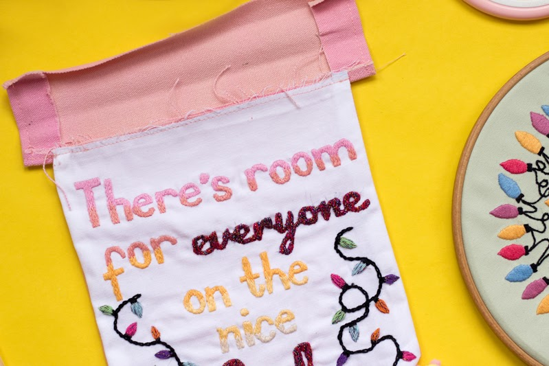how to make a festive hand embroidery wall hanging tutorial