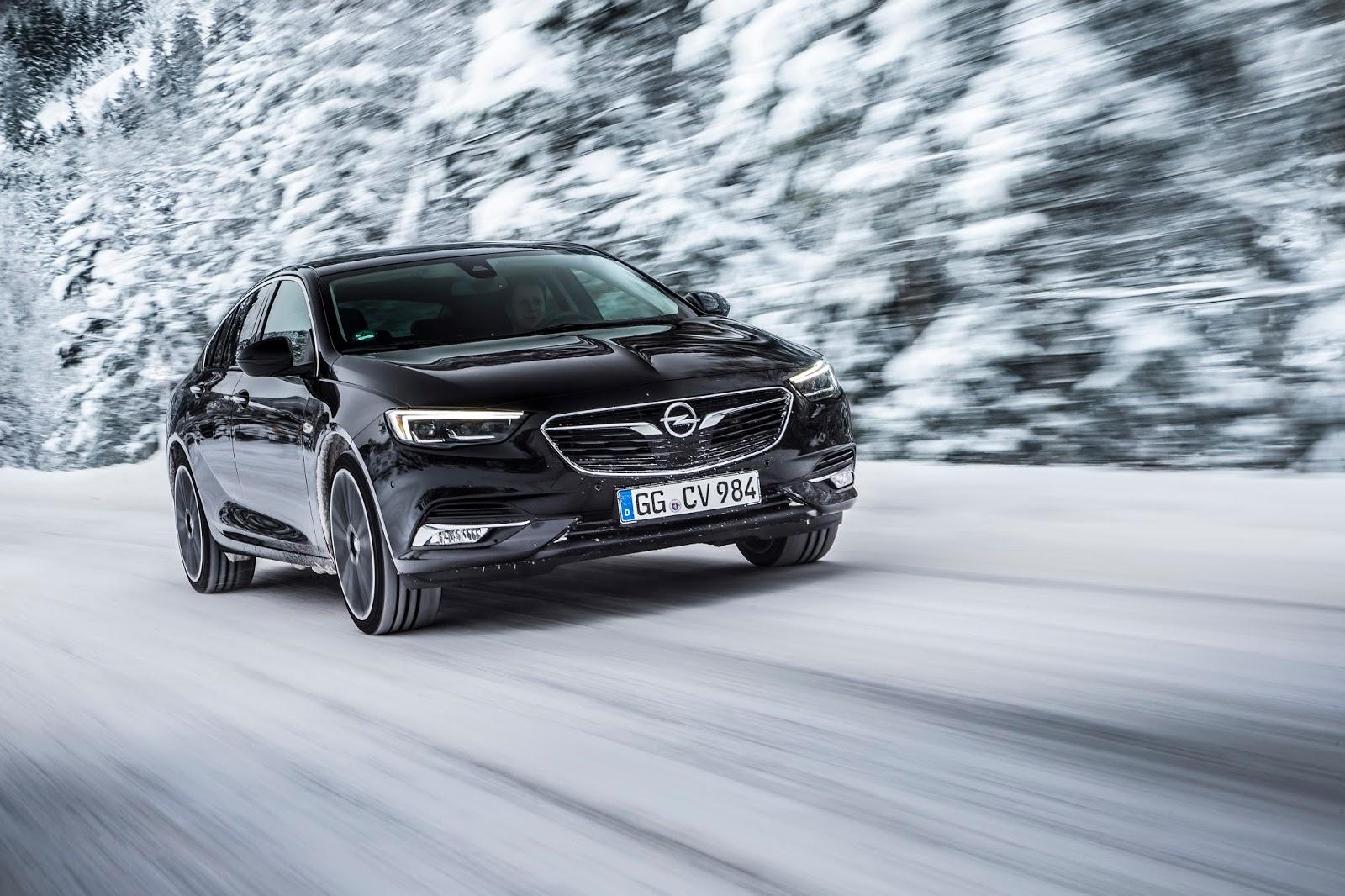 Τετρακίνηση με Τεχνολογία 'Torque Vectoring' που κατανέμει τη ροπή στους 2 πίσω τροχούς ή σε κάθε ένα ξεχωριστά για το Νέο Opel Insignia!