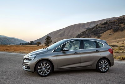 Harga BMW Seri 2 Active Tourer