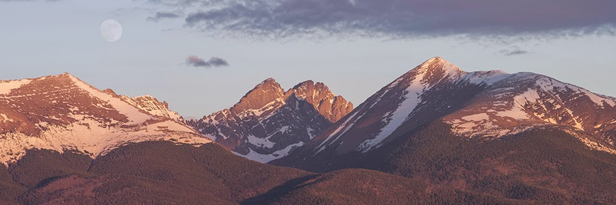 Sunrise panorama of Colorado 14ers Marble mountain Crestone Peak Crestone Needle and Humboldt Peak