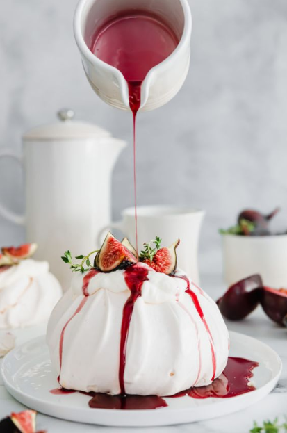 FIG & THYME PAVLOVA WITH SPICY RED WINE PLUM SYRUP