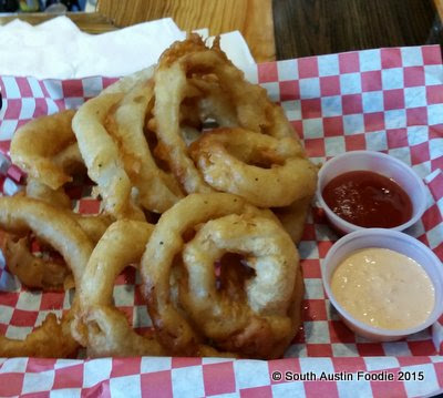 Billie Jean's Burger Pub  onion rings