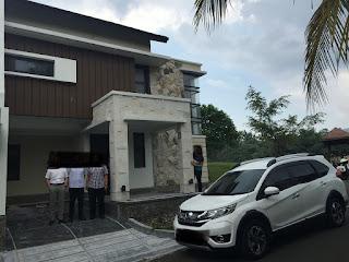 Rp.1,2 Milayar Dijual Rumah Kos-kosan 3 Lantai Di Victoria Sentul City iLag B.U( code : 422 )