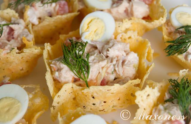 Куриный салат в корзинках