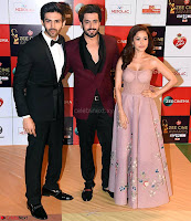 Pyaar Ka Punchnama stars  Kartik Aaryan, Sunny Singh and Nushrat Bharucha. at the Red Carpet of Zee Awards 2017i ~  Exclusive Galleries 010.jpg