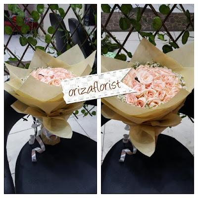 toko bunga buket di surabaya, harga buket bunga di kayoon surabaya, bunga buket murah surabaya