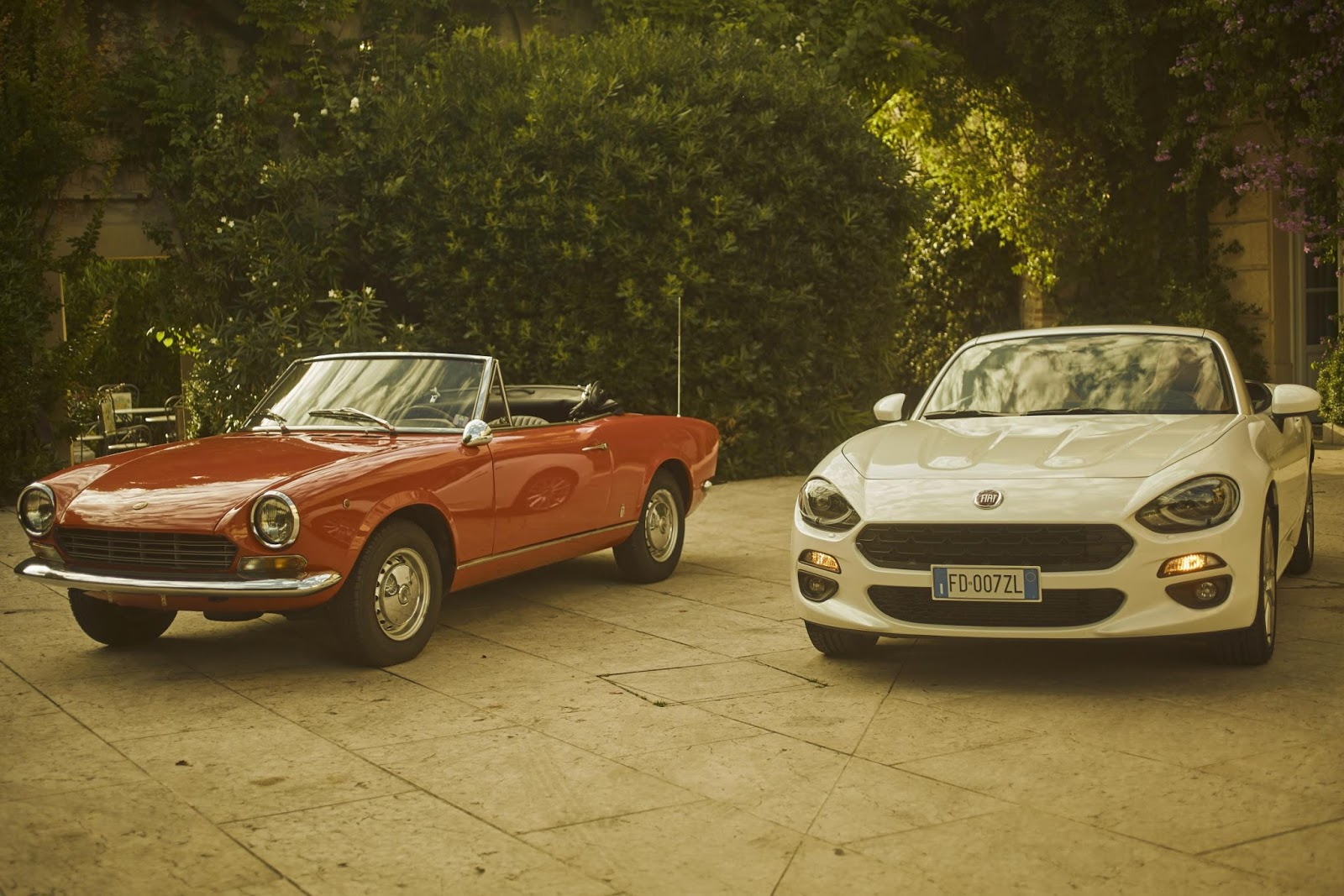 hight resolution of the iconic fiat convertible turns 50