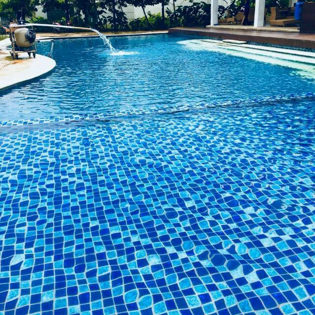 gambar kolam renang