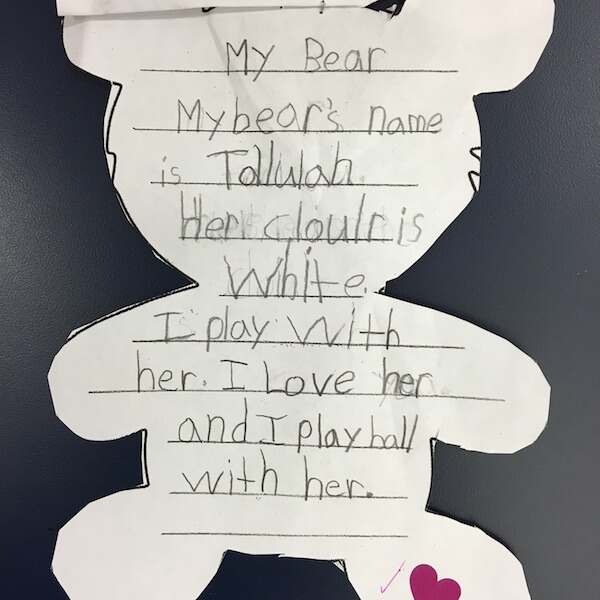 Written descriptions of teddy bears by 1st Grade students