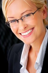 10 coisas que você precisa saber antes de comprar um óculos   Óptica ... 328f30c519