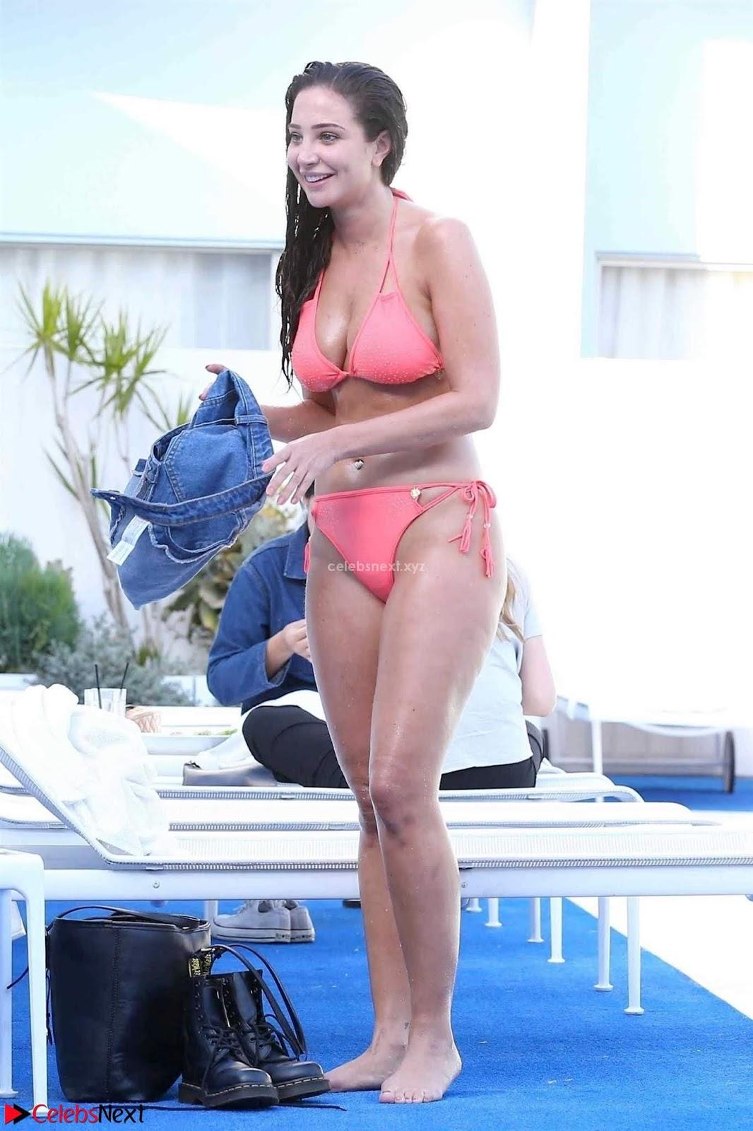 Tulisa Contostavlos in Wet Bikini Huge massive boobs Ass Nude ~ CelebsNext.xyz Exclusive Celebrity Pics