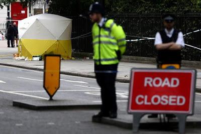 késelés Londonban, London, bűncselekmény, Nagy-Britannia, Russell Square