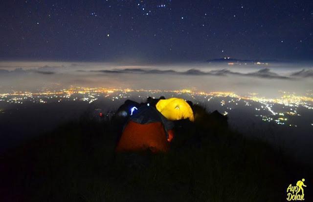 Bukit Sabana Licing Di Malang, Pesona Menikmati Sunrice yang Indah