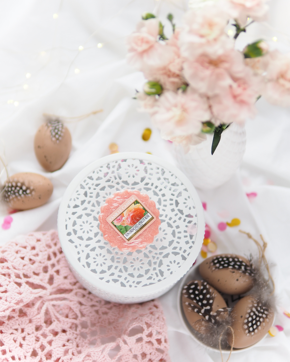 Zapach na Wielkanoc - Sun-Drenched Apricot Rose od Yankee Candle