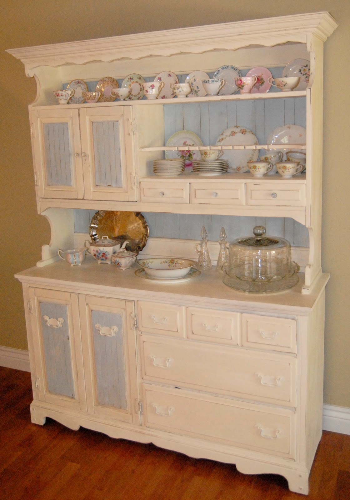 Simply Shabby Annie Sloan Chalk Paint Project