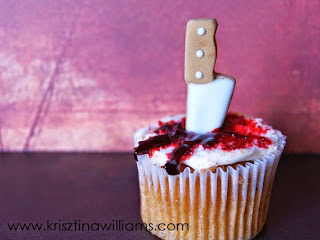 http://www.krisztinawilliams.com/2014/10/bleeding-killer-cupcakes-tutorial.html