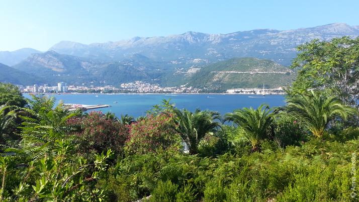 Будва с острова Свети Никола, Черногория