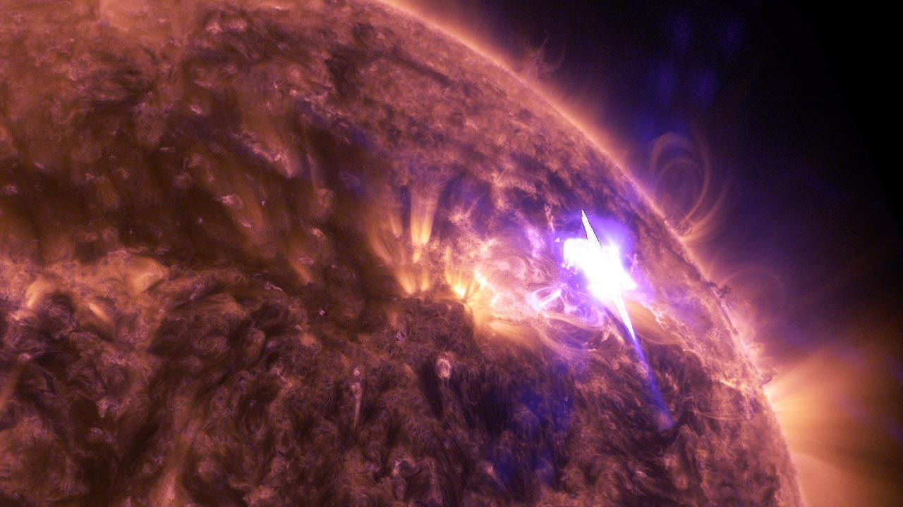 Massive X-Class Flares Strike Earth - UNSEALED - World ...