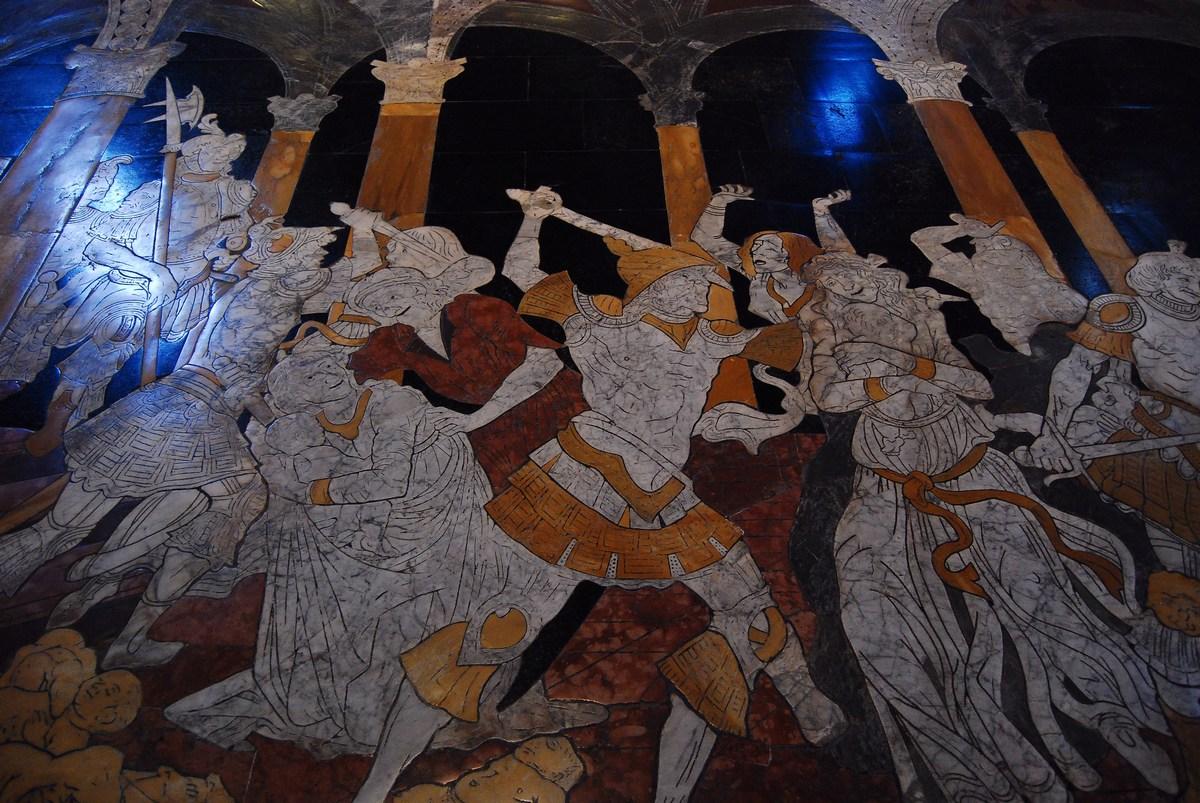 en 1481, Matteo di Giovanni s'attaque à un grand panneau dans le transept gauche, le Massacre des Innocents.