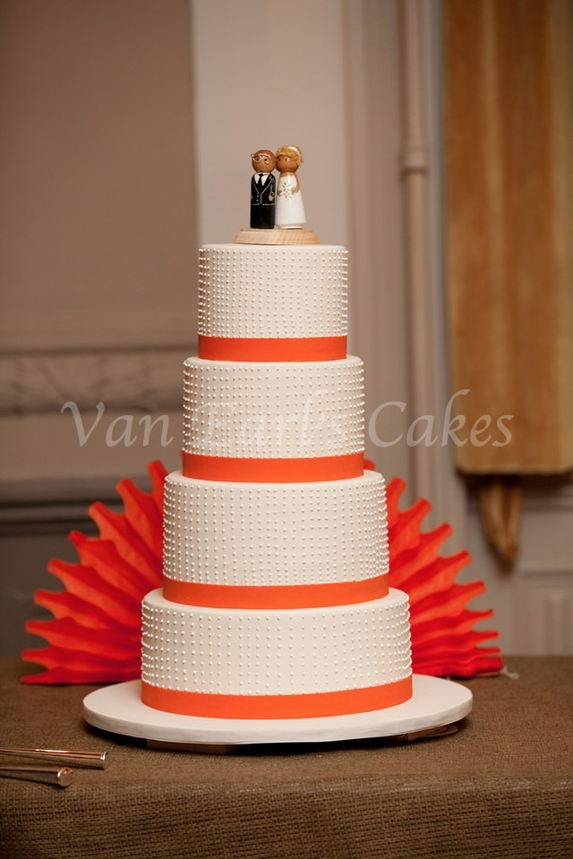 orange and white wedding cakes earl s cakes orange and white theme wedding cake 18042