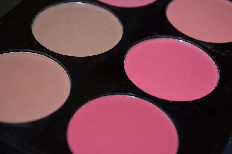 La palette de blushs idéale pour les débutantes