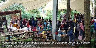 Hari libur menjelang Bulan Ramadhan, tempat Wisata Situ Gunung Suspension Bridge atau jembatan Gantung yang terletak di kawasan Taman Nasional Gede Pangrango (TNGP) Situ Gunung Kecamatan Kadudampit Kababupaten Sukabumi, Jawa Barat, meningkat drastis hingga mencapai 500 persen.