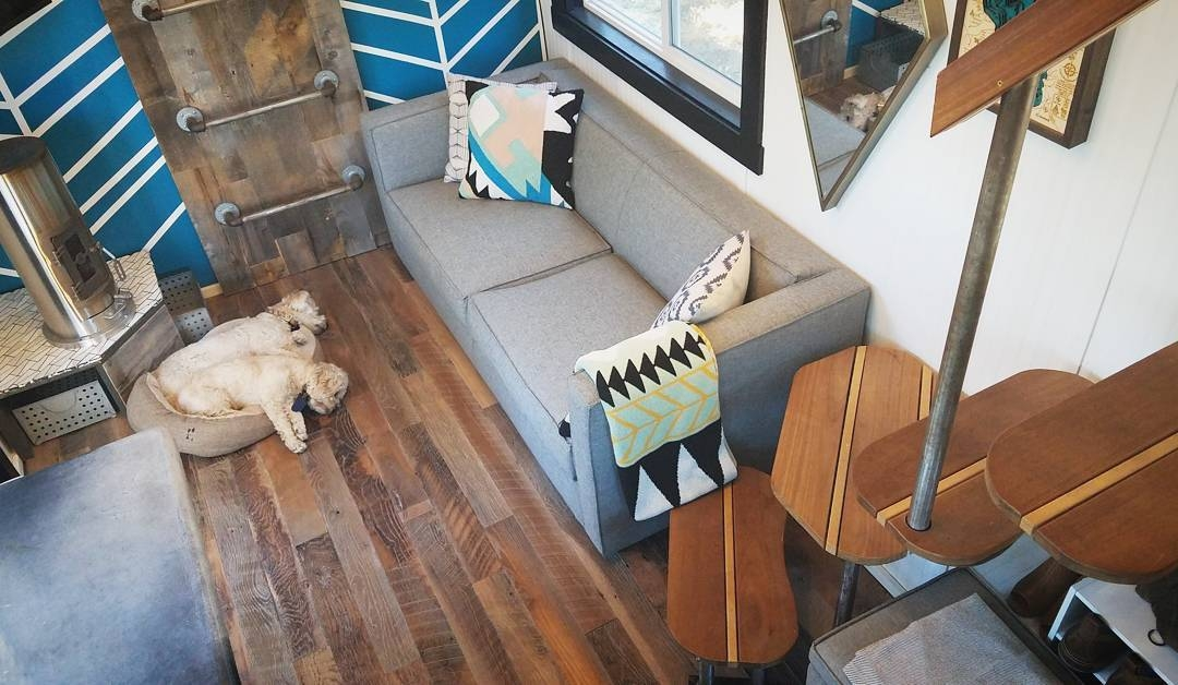 11-Top-View-Joshua-Shelley-Engberg-Cut-Excess-Architecture-with-a-Tiny-House-on-Wheels-www-designstack-co