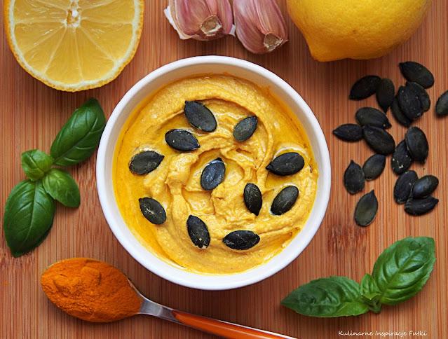 Hummus curry z pestkami dyni