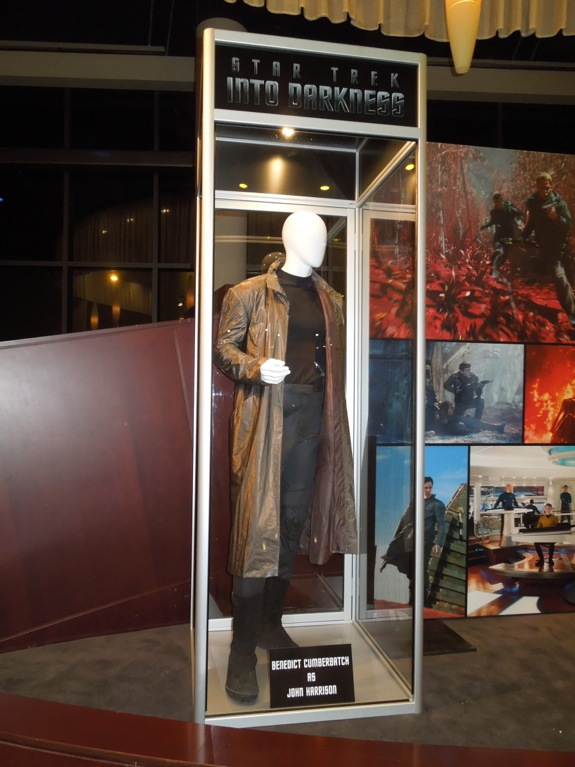Benedict Cumberbatch Star Trek Into Darkness costume