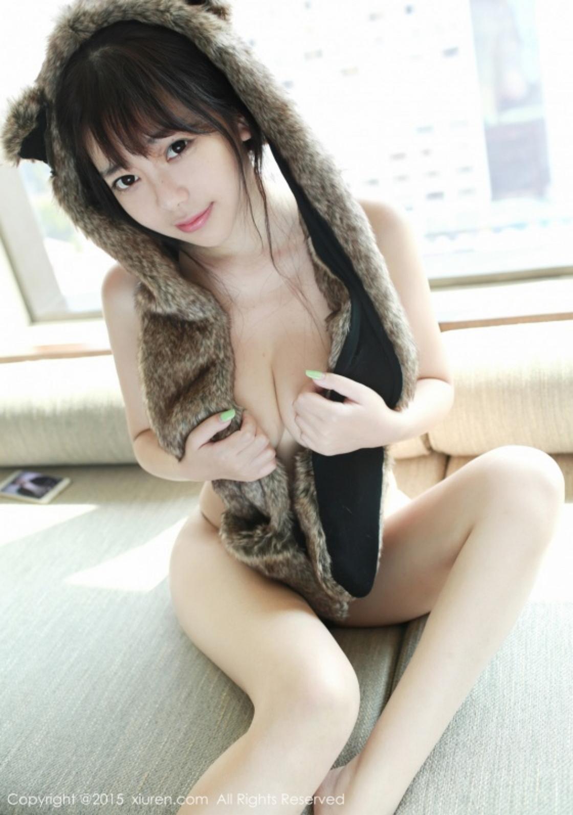 323%2B%252819%2529 - Beautiful Nude Girl XIUREN NO.323 FAYE
