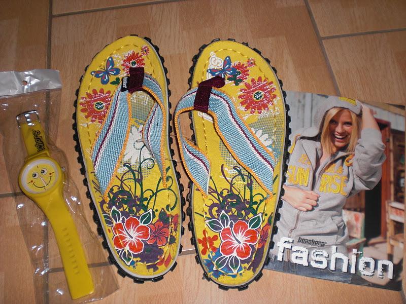 beachers flip flops