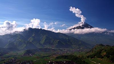 Daftar Wisata Alam Indonesia Yang Wajib Anda Kunjungi