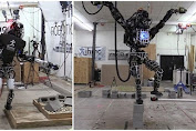 [Video] Google Robot Cool Style Stands 1 Foot Wear