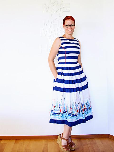Kleid mit Bordürenprint - Ottobre meets Burda @frauvau.blogspot.de